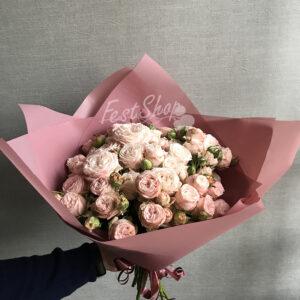 Букет из пионовидных кустовых роз № 1