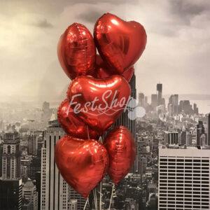 Композиция из красных фольгированных сердец №2