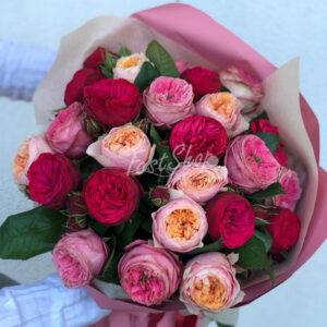 Букет из пионовидных роз сорта Дэвида Остина № 1